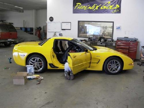 YELLOW CORVETTE (1)