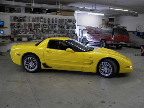 YELLOW CORVETTE (4)