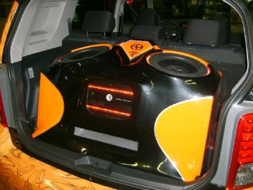 Custom Car Audio Scion XB (1)