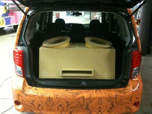 Custom Car Audio Scion XB (11)