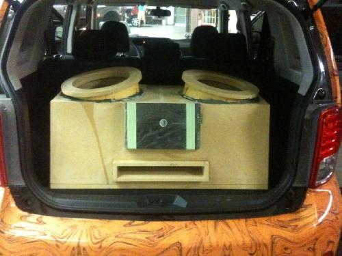 Custom Car Audio Scion XB (12)