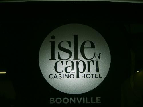 ISLE CAPRI  BOONVILLE MO  (8)